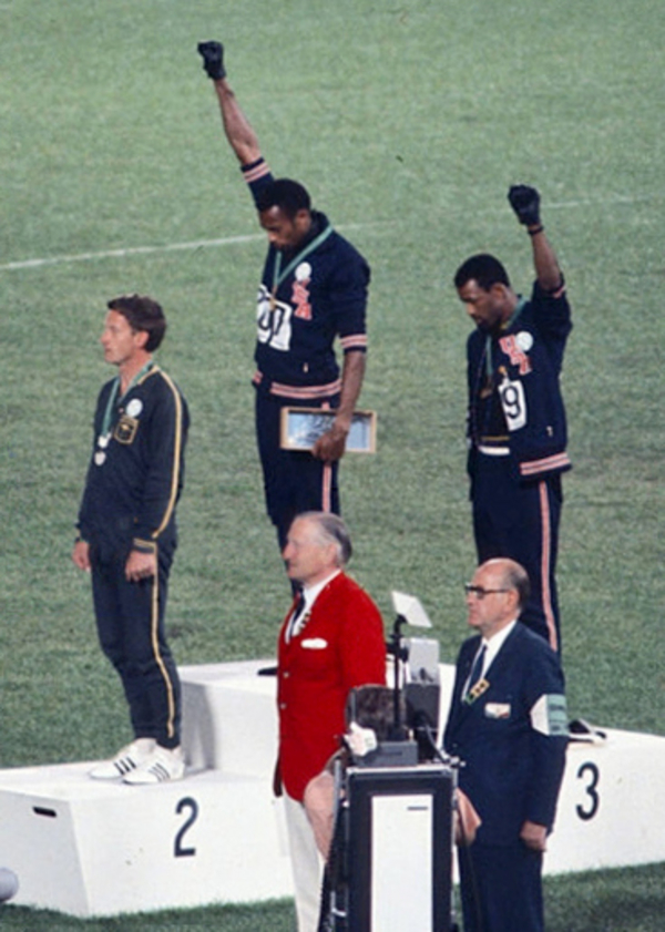 John Carlos  Tommie Smith  Peter Norman 1968cr